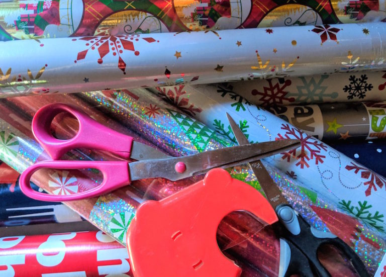 gift giving wrapping tools