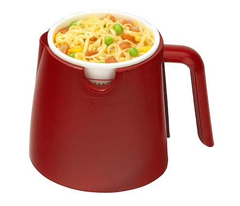 cup o noodles and ramen heating cup
